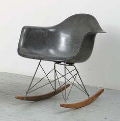 eames_rar_rocking_chair_grey