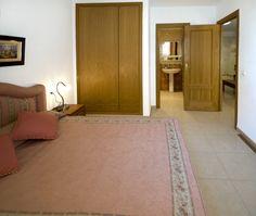 Marina d'Or Apartamentos - Interior del apartamento Home Decor, Interiors, Apartments, Decoration Home, Room Decor, Interior Decorating