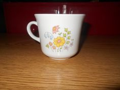 4 Corelle Coffee Cups In The Meadow Pattern by SETXTreasures