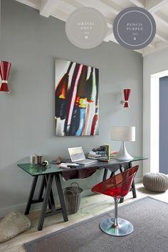Wist je dat grijs het intellect bevordert? Ideaal dus voor de werkplek, en met de kalkmatte uitstraling van onze Color Collection past dat heel goed in de woonkamer.