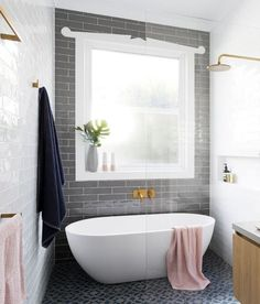 New Ideas Bathroom Tub Shower Combo Glass Walls Bathroom Windows, Bathroom Renos, Bathroom Ideas, Shower Ideas, Budget Bathroom, Bathroom Inspo, Tub Shower Combo, Shower Tub, Bathroom Showers