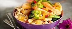Kylling i grøn karry  med tropiske frugter og stærke krydderier