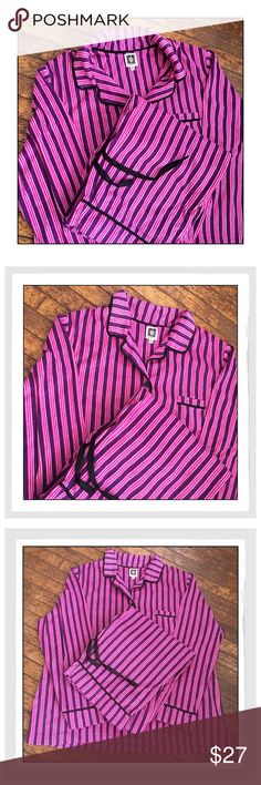 ✨Anne Klein Striped Fleece Pajama Set✨ ✨Anne Klein Striped Fleece Pajama Set✨Super Soft And Cozy Warm✨Collared shirt buttons up the front and is pink and purple striped print with long sleeves✨Soft, Cuddly, fleece material✨Matching Bottoms with a stretchy elastic waistband and drawstring✨Fabric: 100% Polyester✨Great Condition With Minimal Wear✨Size XXL✨ Anne Klein Intimates & Sleepwear Pajamas