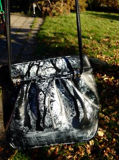 Black and white forrest Heidibag 700kr/74€