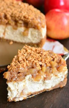 Beautiful marriage between apple pie and cheesecake in one amazing Apple Pie Cheesecake dessert. Silky, creamy cheesecake is flavored with cinnamon and topped with homemade apple pie filling and some toffee crunch pieces. Köstliche Desserts, Holiday Desserts, Delicious Desserts, Dessert Recipes, Apple Pie Cheesecake, Cheesecake Recipes, Apple Pie Cake, Cheesecake Bites, Homemade Apple Pie Filling