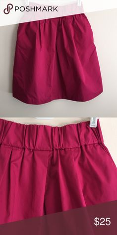 """Banana Republic pink skirt Banana Republic fuschia pink cotton skirt w/elastic waist, great condition worn only once, is 19 1/2"""" long & waist measures 13"""" unstretched but is very stretchy Banana Republic Skirts"""