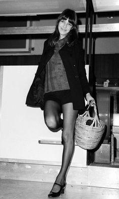今すぐ真似したい! ジェーン・バーキンのパリシックな冬おしゃれ術 | FASHION | ファッション | VOGUE GIRL
