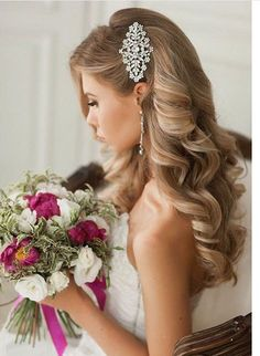 33 Wedding Hairstyles With Hair Down ❤ wedding hairstyles down curly long blonde with side silver pin elstile frisuren haare hair hair long hair short Bridal Hair And Makeup, Hair Makeup, Bridal Beauty, Makeup Hairstyle, Makeup Tips, Makeup Ideas, Makeup Hacks, Wedding Beauty, Eye Makeup