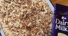 Resep 1 Halwe pakkie tennis beskuitjies fyn gedruk e. South African Desserts, South African Recipes, Pudding Desserts, Dessert Recipes, Good Food, Yummy Food, Pastry Cake, Tart Recipes, Deserts