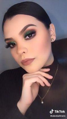 Eye Makeup Steps, Makeup Eye Looks, Cat Eye Makeup, Eyebrow Makeup, Makeup Brush Dupes, Eye Makeup Brushes, Eyeshadow Makeup, Summer Eye Makeup, Bridal Eye Makeup