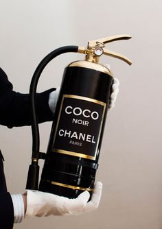 They say that a bottle of chanel can make you really happy. What about a perfume-extinguisher ? Coco Chanel, Chanel Paris, Chanel Black, Chanel Beauty, Chanel Makeup, Boujee Aesthetic, Aesthetic Pictures, Aesthetic Black, Aesthetic Vintage