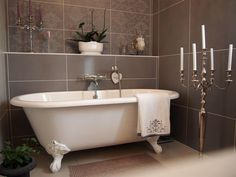 This standing bath and candlestick are ultra chic! Bathroom Renovations, Bathrooms, Bathroom Ideas, Clawfoot Bathtub, Freestanding Bathtub, Shelving, Chandeliers, Home Decor, Style Ancien