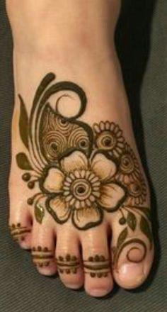 Mehndi Designs Feet, Legs Mehndi Design, Stylish Mehndi Designs, Mehndi Design Pictures, Wedding Mehndi Designs, Mehndi Designs For Fingers, Beautiful Henna Designs, Latest Mehndi Designs, Simple Mehndi Designs