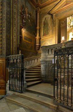 Chapel Saint-Eustache, Paris, France    Sainte Chapelle .PARIS 4 (CW6-4). Blvd. du Palais, Ile de la Cite.