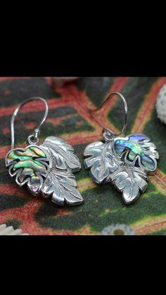 Diy Earrings, Women's Earrings, Earrings Handmade, Handmade Jewelry, Etsy Jewelry, Jewelry Gifts, Fancy Envelopes, Beach Gifts, Manta Ray
