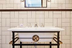 The Hoxton hotel Amsterdam Bathroom - Interior design by Nicemakers