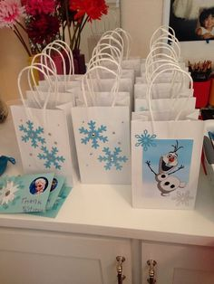 Lovely Frozen themed party favor bags for 2015 Halloween treat or trick - Olaf, snowflake - Treat or trick ? 2015 Halloween best Frozen themed candy bag for kids by Frozen Themed Birthday Party, Elsa Birthday, Disney Frozen Birthday, 6th Birthday Parties, 4th Birthday, Frozen Birthday Cupcakes, Birthday Ideas, Turtle Birthday, Turtle Party