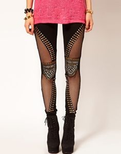 Reverse Studded Knee Patch Leggings I'm so in love with this, but they don't have my size T___T