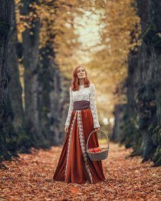 Redhead in October Anna, Fashion, Moda, Fashion Styles, Fashion Illustrations