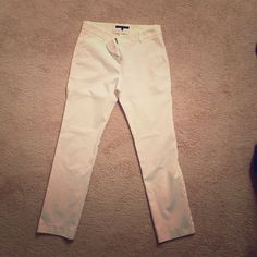 White designer pants White cotton pants. Great fit and perfect for the summer ☀️☀️ Theory Pants Ankle & Cropped