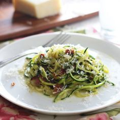 """Super Healthy Zucchini """"Spaghetti"""" Carbonara, you'll never know this stuff is good for you, it's THAT good!"""