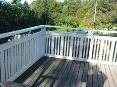 Pergola Over Front Door Diy Pergola, Pergola Kits, Outdoor Landscaping, Front Yard Landscaping, Back Gardens, Outdoor Gardens, Exterior Handrail, Decks, Beach Stairs