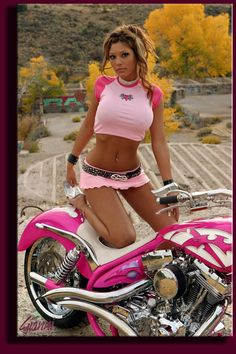 ONE FOR THE LADIES I knew you would love this one Nikki. The girl in all pink is very sexy and I can handle all the pink on her but a pink bike. not thats crossing the line hahaha Biker Chick, Biker Girl, Biker Boys, Chicks On Bikes, Pink Bike, Yamaha R6, Ducati, Hot Bikes, Up Girl