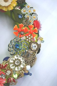 I want to make something special that comes out at the holidays.  --- How to make a jewelry wreath.