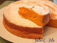 Para quem gosta de bolos húmidos este é ideal muito agradável e muito simples de fazer... Ingredientes: 200 gr. de açúcar 1/2 ch...