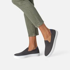 Everyday Flats: Comfortable Flats Perfect for Everyday Wear Grey Sneakers, Slip On Sneakers, Slip On Shoes, Comfortable Flats, Comfy Shoes, Black And White Heels, Rothys Shoes, Travel Shoes, Pointed Toe Flats