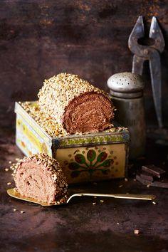Mokkapalakääretorttu | Maku Recipes From Heaven, Sweet Desserts, How To Make Cake, Finger Foods, Food Inspiration, Food And Drink, Favorite Recipes, Sweets, Snacks