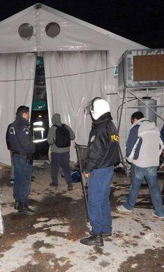 Oproerpolitie in het kamp