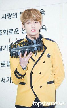 """Press photos of Jungkook at his high school graduation ceremony at SOPA(School Of Performing Arts Seoul), Hoseok, Seokjin, Namjoon, Kookie Bts, Jimin, Jungkook School, Sopa School, Kpop, Happy Photos"