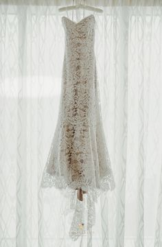 Anna Maier lace wedding dress.  Photo by Vanessa Boy Photography.