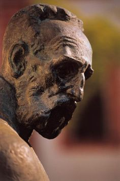 "Julije Klovic aka Julius Clovius, called ""Michelangelo of miniature"". Friend of Michelangelo, El Greco, Bruegel...This is sculpture of him in Zagreb"