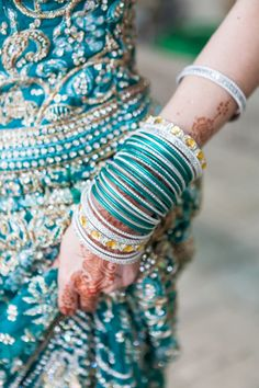 #Beautiful #Indian #Bangles #Style for the #Bride #ColorfulBangles #bangles