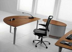 Syntesi | Executive Office Furniture | Bralco Office Table, The Office, Executive Office Furniture, Office Designs, Conference Table, Chair, Home Decor, Decoration Home, Room Decor