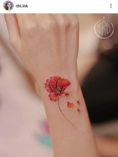Watercolor Poppy Tattoo, Poppies Tattoo, Watercolor Poppies, Mom Tattoos, Tattoo You, Cool Tats, Pebble Painting, Black Nails, Colouring