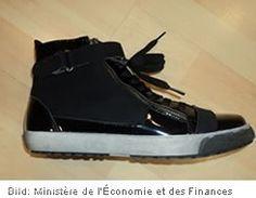 """Rückruf: Modekette """"Cache Cache"""" ruft OÖRA Damenschuhe zurück  http://www.cleankids.de/2013/10/21/rueckruf-modekette-cache-cache-ruft-ooera-damenschuhe-zurueck/41686/"""