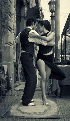 Must learn tango. / Tango by Maria Churkina