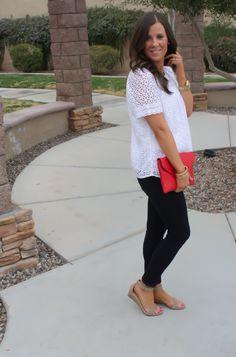 Dark skinny jeans, low wedges, blousey top