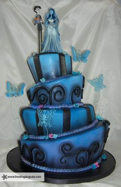 Corpse Bride Wedding Cake Even if the theme isn't a favorite, the shape of the cake is awesome!