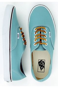 Vans. I've never had any so idk if they're comfy, but they're cute. Especially this color with these laces.