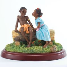 This page features Ebony Visions figurines and statues by Thomas Blackshear, Frank Morrison and John Holyfield. African Figurines, African American Figurines, African American Artist, African Art, American Artists, Black Figurines, African Design, Black Women Art, Black Art