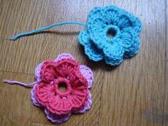 Valmiit kukat / ruusukkeet