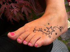 Tattoo Sterne – 49 unique, trendy ideas for tattoos – sterne tattoo vorlage am fuss Best Picture For Foot Tattoos quotes For Your Taste You are looking – Star Foot Tattoos, Foot Tattoo Quotes, Cute Foot Tattoos, Ring Finger Tattoos, Hot Tattoos, Trendy Tattoos, Mini Tattoos, Body Art Tattoos, Sleeve Tattoos