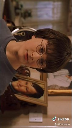Harry Potter Gif, Magia Harry Potter, Young Harry Potter, Mundo Harry Potter, Harry Potter Pictures, Harry Potter Universal, Harry Potter World, Harry Potter Characters, Sassy Harry Potter