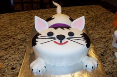 Google Image Result for http://media.cakecentral.com/modules/coppermine/albums/userpics/21499/normal_cat_cake_001.JPG