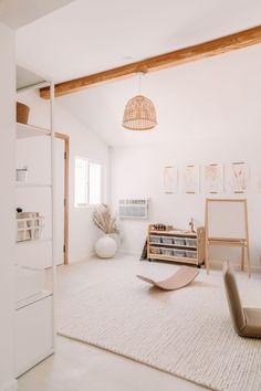 Montessori Playroom, Toddler Playroom, Kallax, Play Spaces, Living Spaces, Music Corner, Playroom Decor, Playroom Ideas, Nursery Ideas