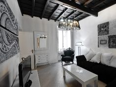 Luxury elegant charming and trendy apartment in the hearth of Rome